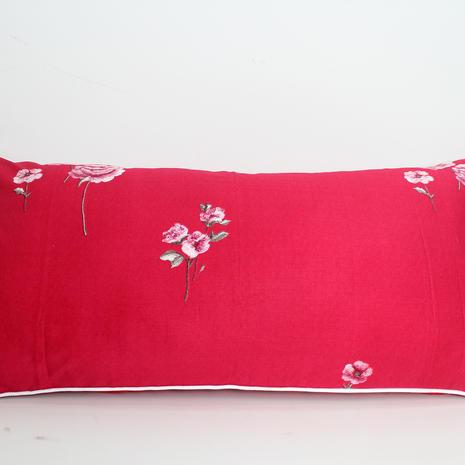 sarung cinta bunga merah