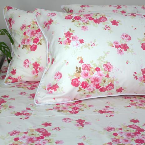 Bedsheet microtex bunga pink
