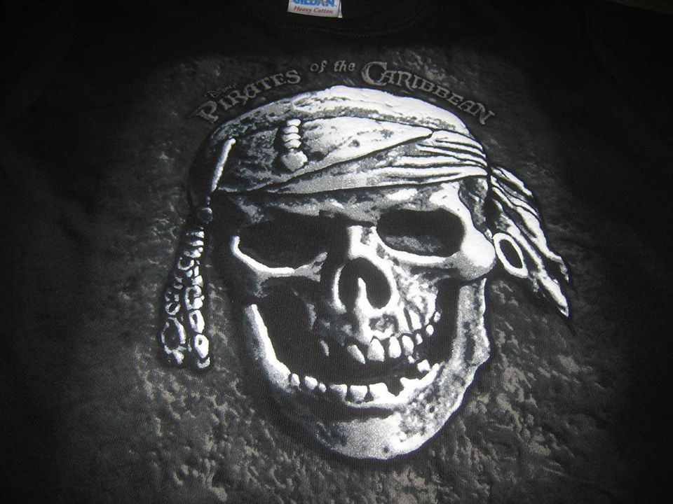 Pirates of the Caribbean Walt Disney Apparel