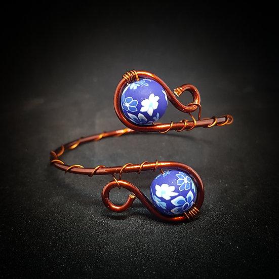 Blue-purple wire bracelet