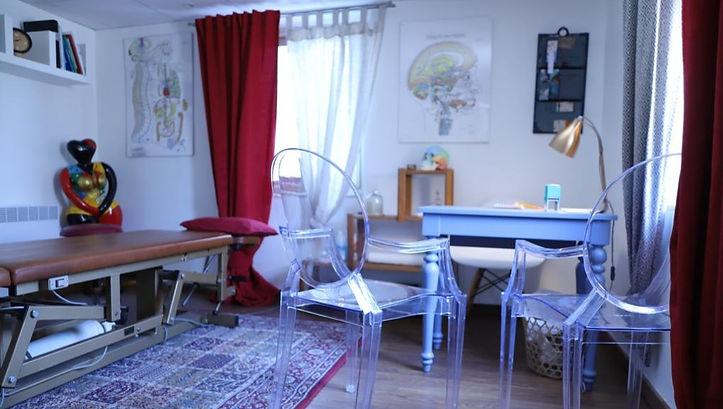 Cabinet_Large_modifié.jpg