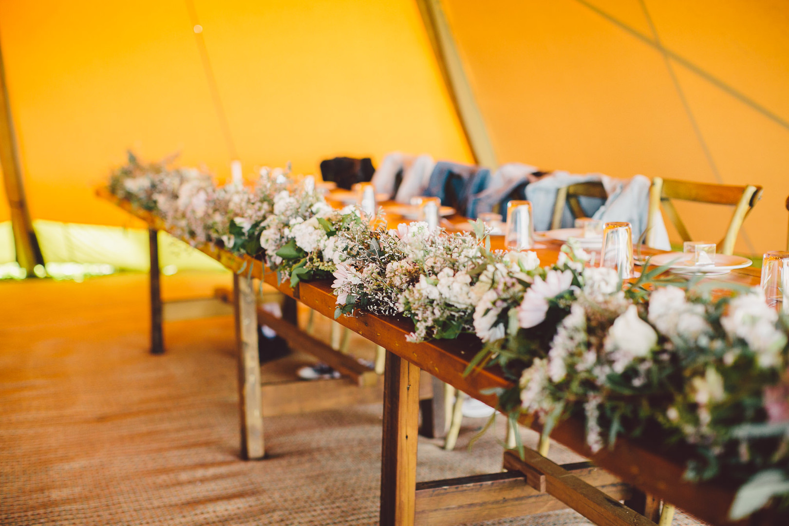Tipi Luxe - Rustic Feasting Table
