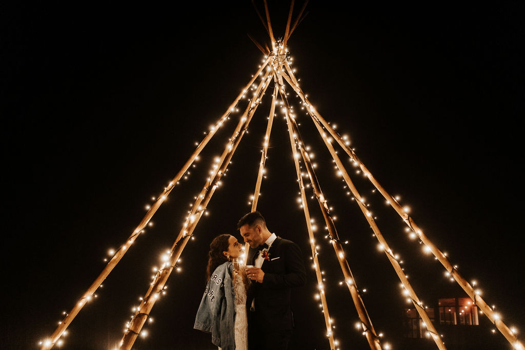 Medium Naked Tipi With Lights