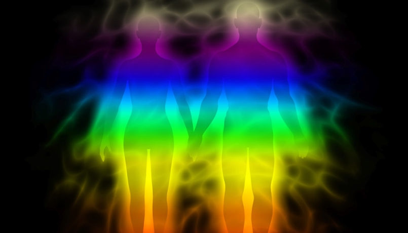 two-people-with-auras-in-the-dark.png