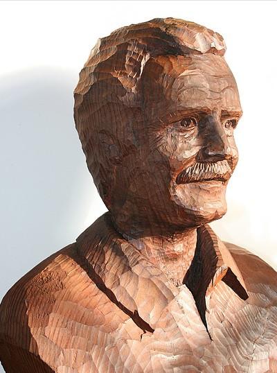 Sculpture bois JM Delestre.jpg