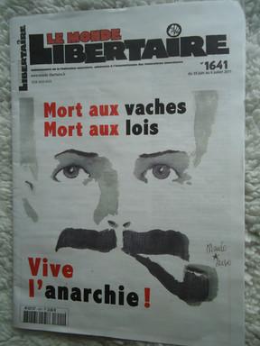 le monde libertaire.JPG