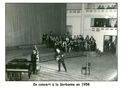 047-Brassens_en_concert_à_la_Sorbon