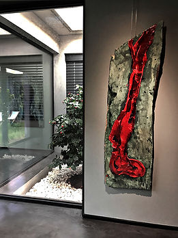 "Fine Art Gallery Aix en Provence - Wood - 50 x 175 cm - ""Prière"" in situ"