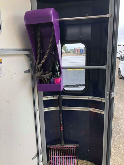 Halter Hangar Lite in purple