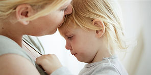 web3-mother-daughter-child-tantrum-upset