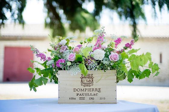 Décoration florale des buffets de cockail de votre mariage par Sylvie Borderie