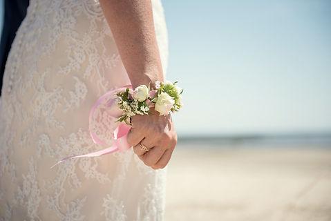 bracelet-fleuri-de-mariée-sylvieborderie