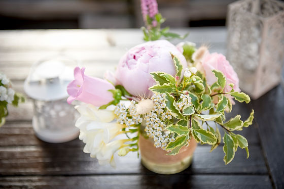 Petit bouquet élégant pour vos tables de cocktail