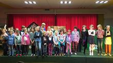 Kinderchor und Solisten !!