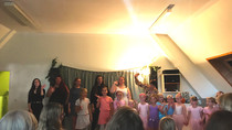Ballett und Gesang! Schüler der Klasse Von Christine Schürmann