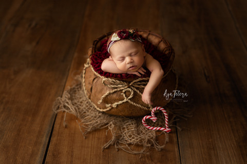 Newborn photography Leicester.jpg