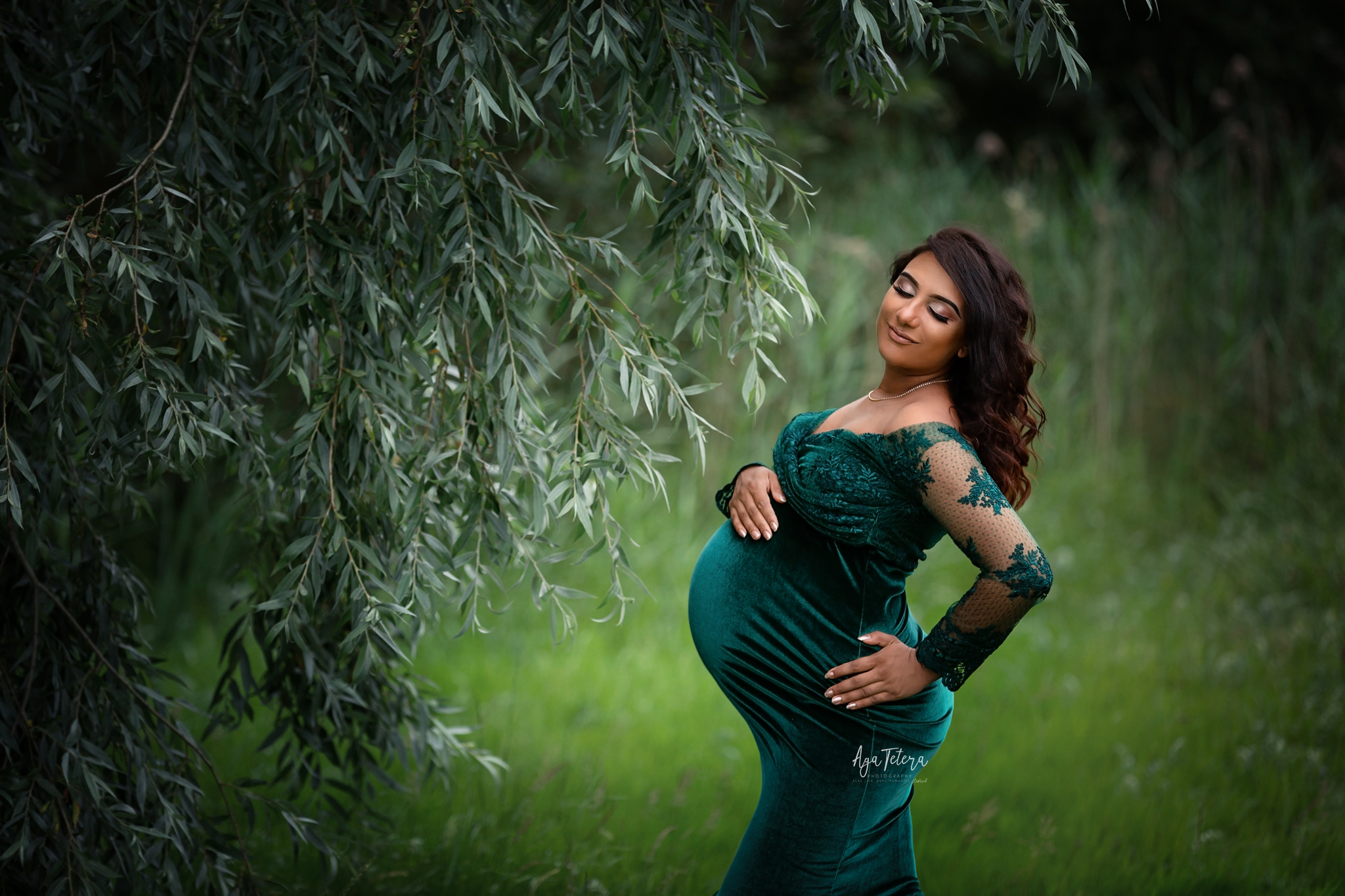 Maternity photography leicester