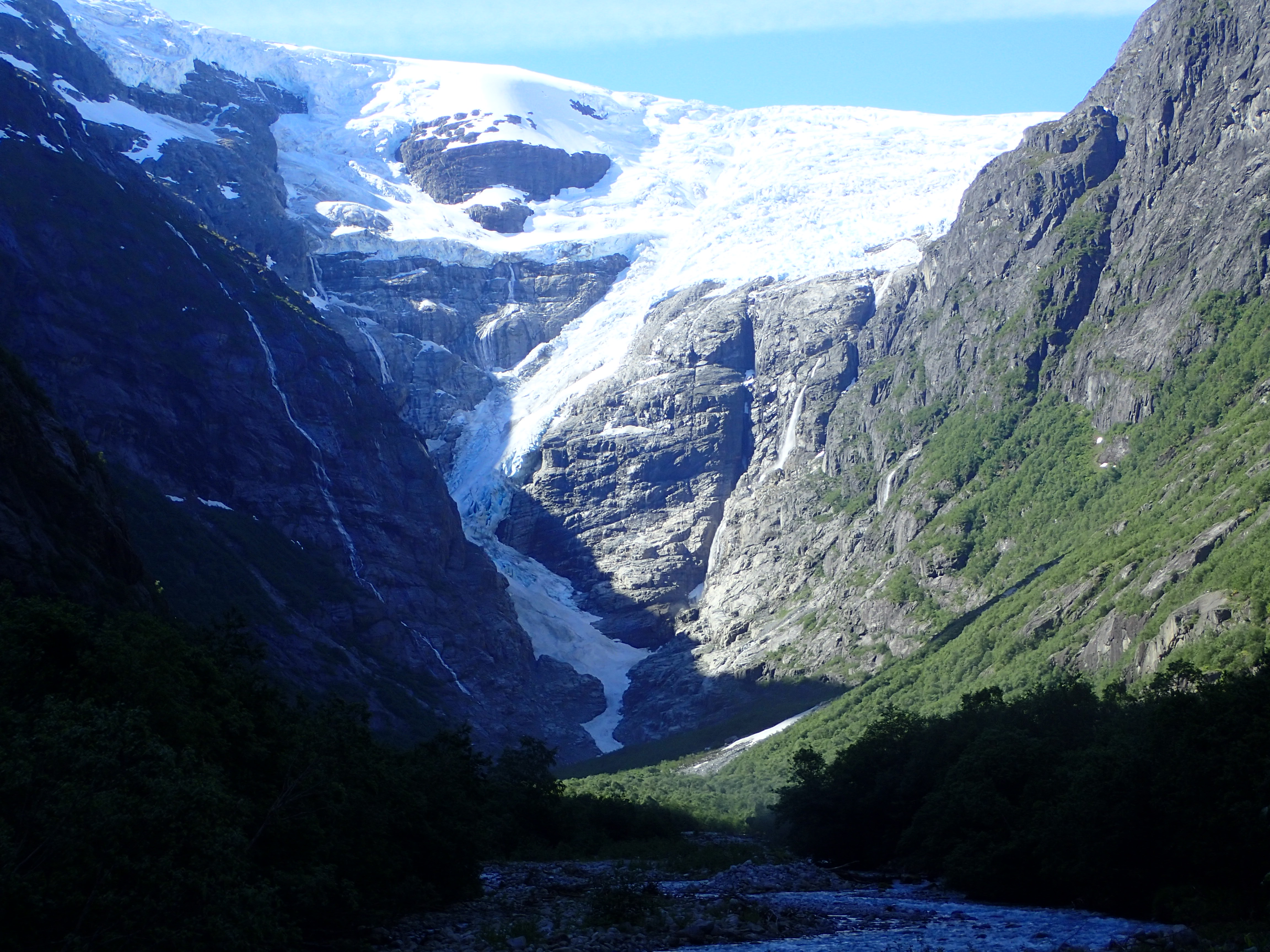 Kjenndal glacier 2016