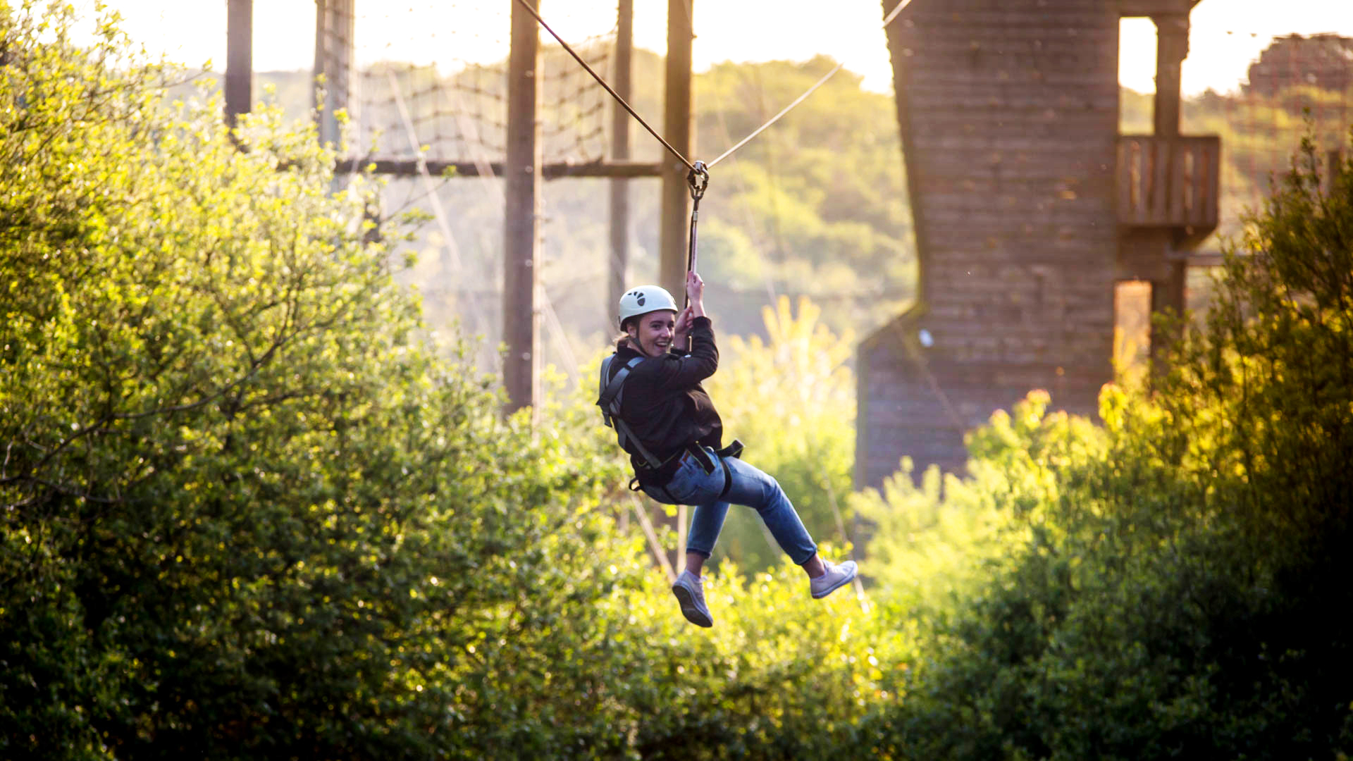 Adventure Jersey Zip Wire