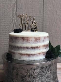 cutting cake-wedding.jpg