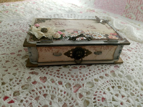 Trinkets and Treasures Book Box