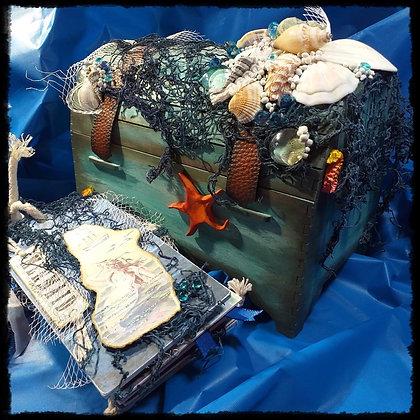 Mermaid's Treasure Chest & Tag Album
