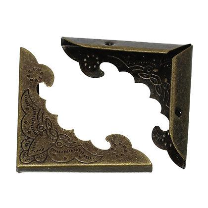 Box ornate corners large