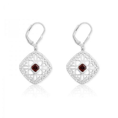 DIAMONDS WITH CENTER GARNET SQUARE EAR D-5124