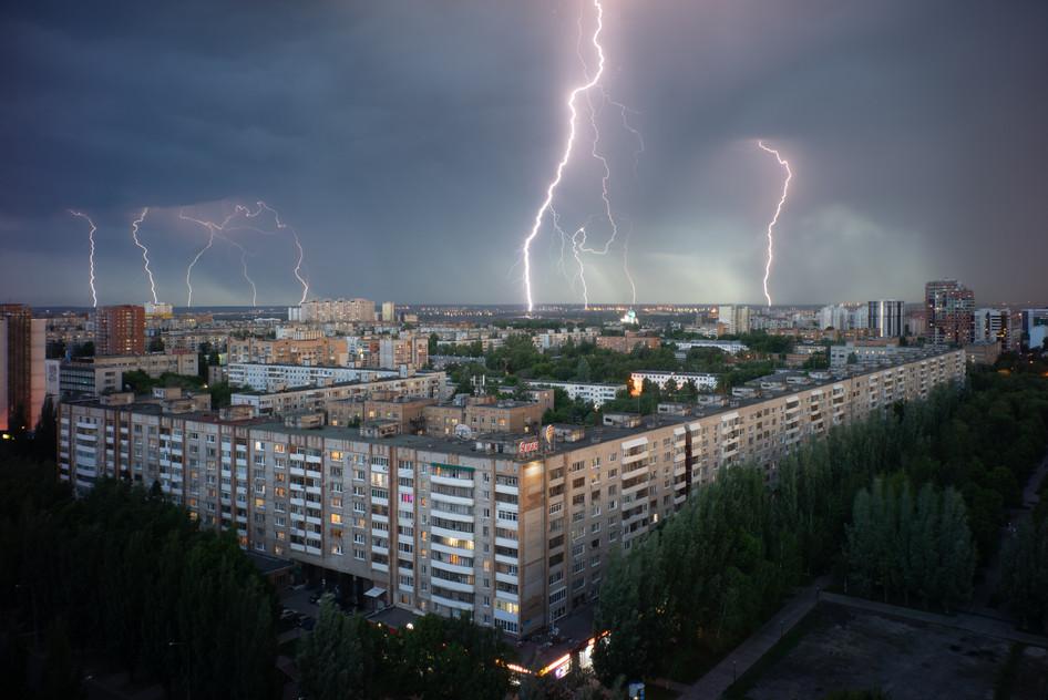 Thunderstorm over my bloc, Samara