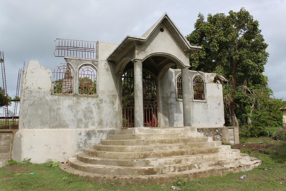 Sainte Trinite Entrance
