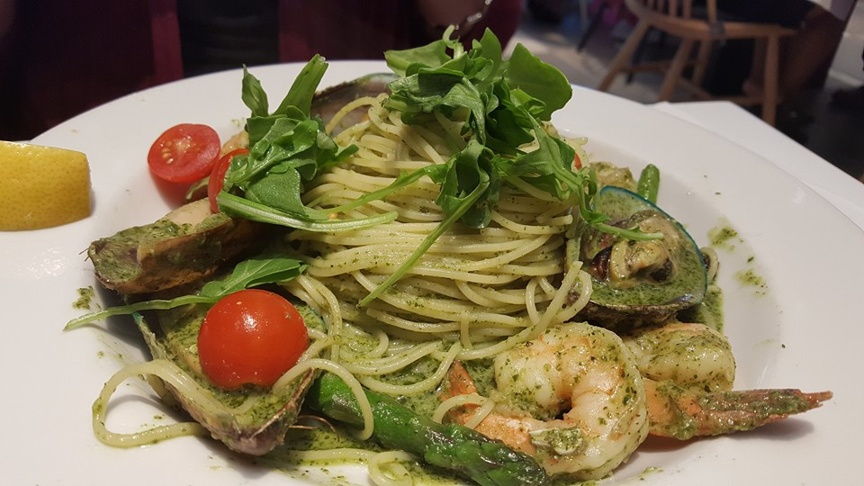 Fedelini Genovese with Shrimp & Mussels - (Fedelini Pasta, Shrimp, Mussels, Basil Pesto, Asparagus, Cherry Tomato)