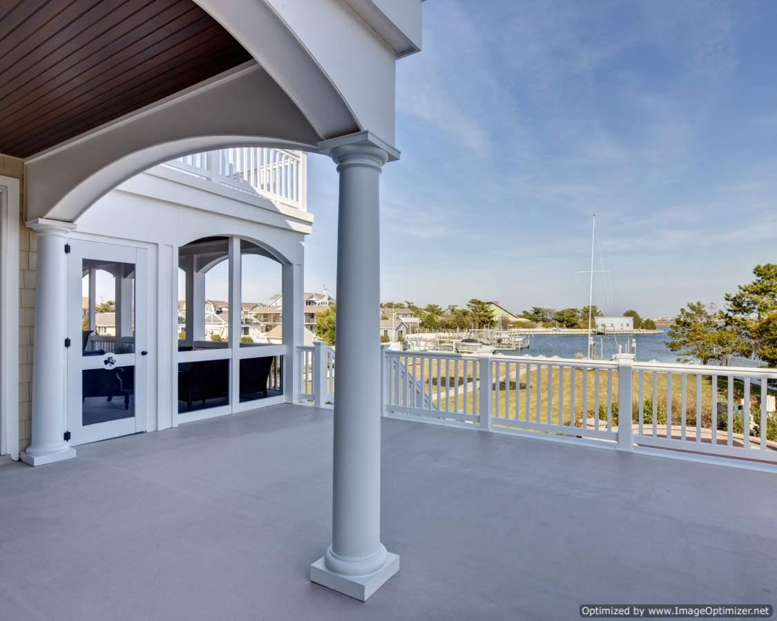 bayfront home design
