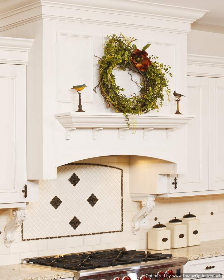 beach house oven hood with trim
