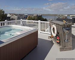 hot tub on roof deck lbi