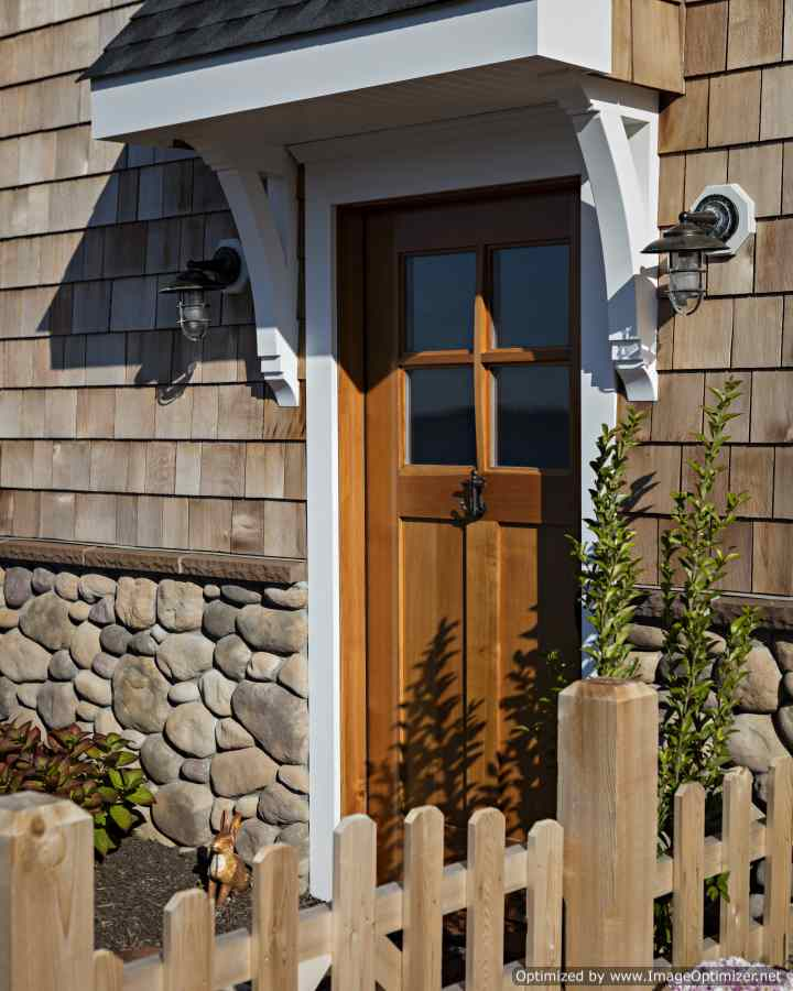 wood door look on long beach island