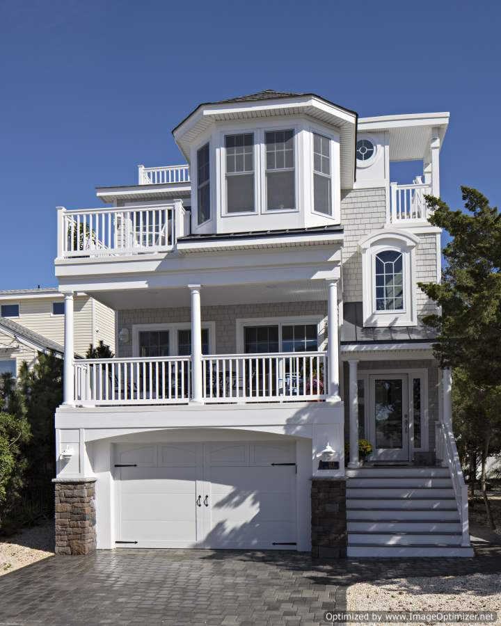 custom narrow lot beach home