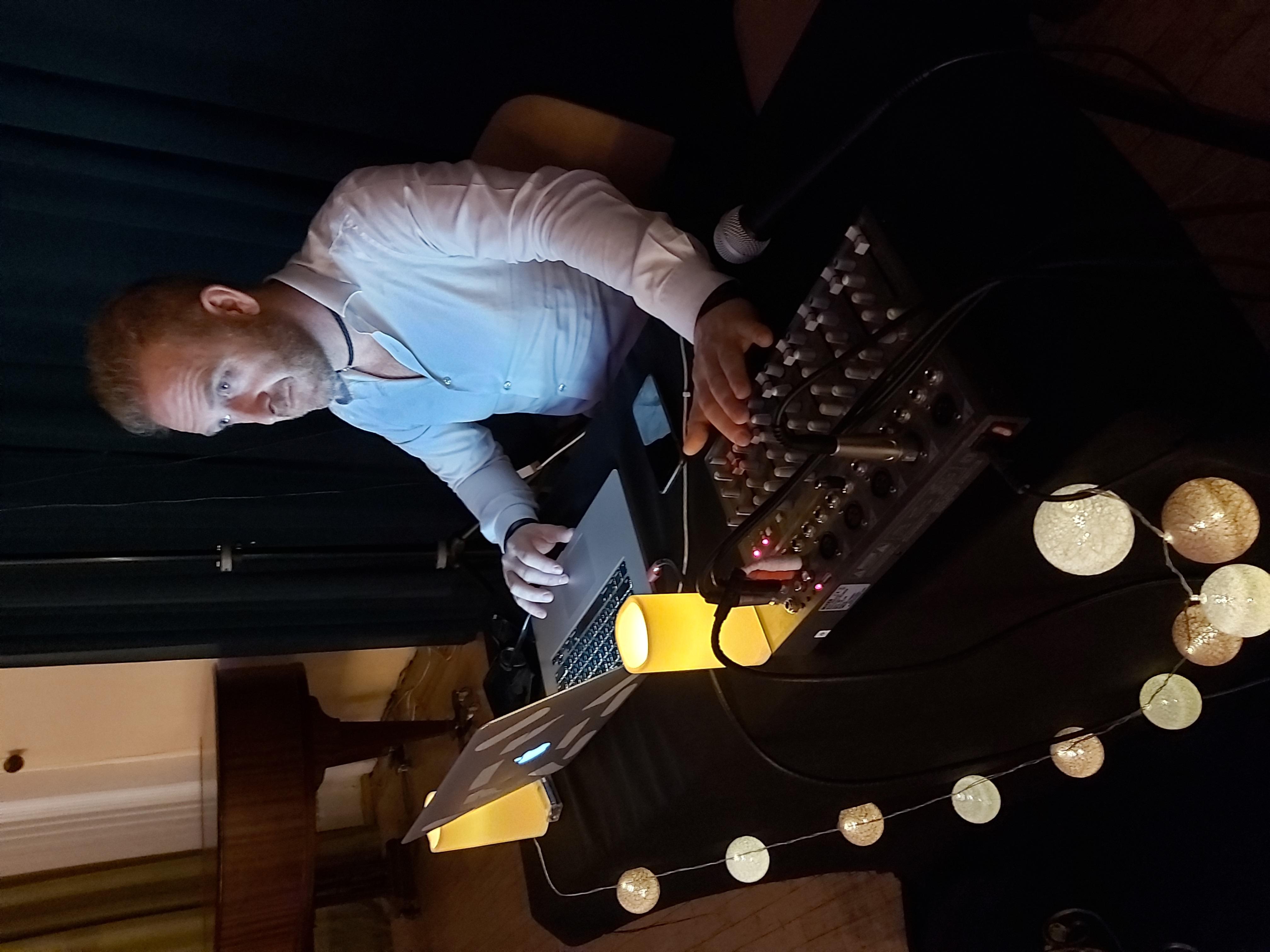 Esteban DJ