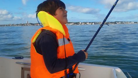 Pêche en bateau au bar