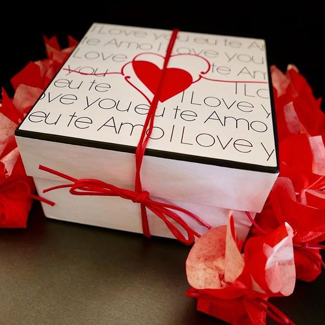 Apresentamos nossa caixa desejos feita c