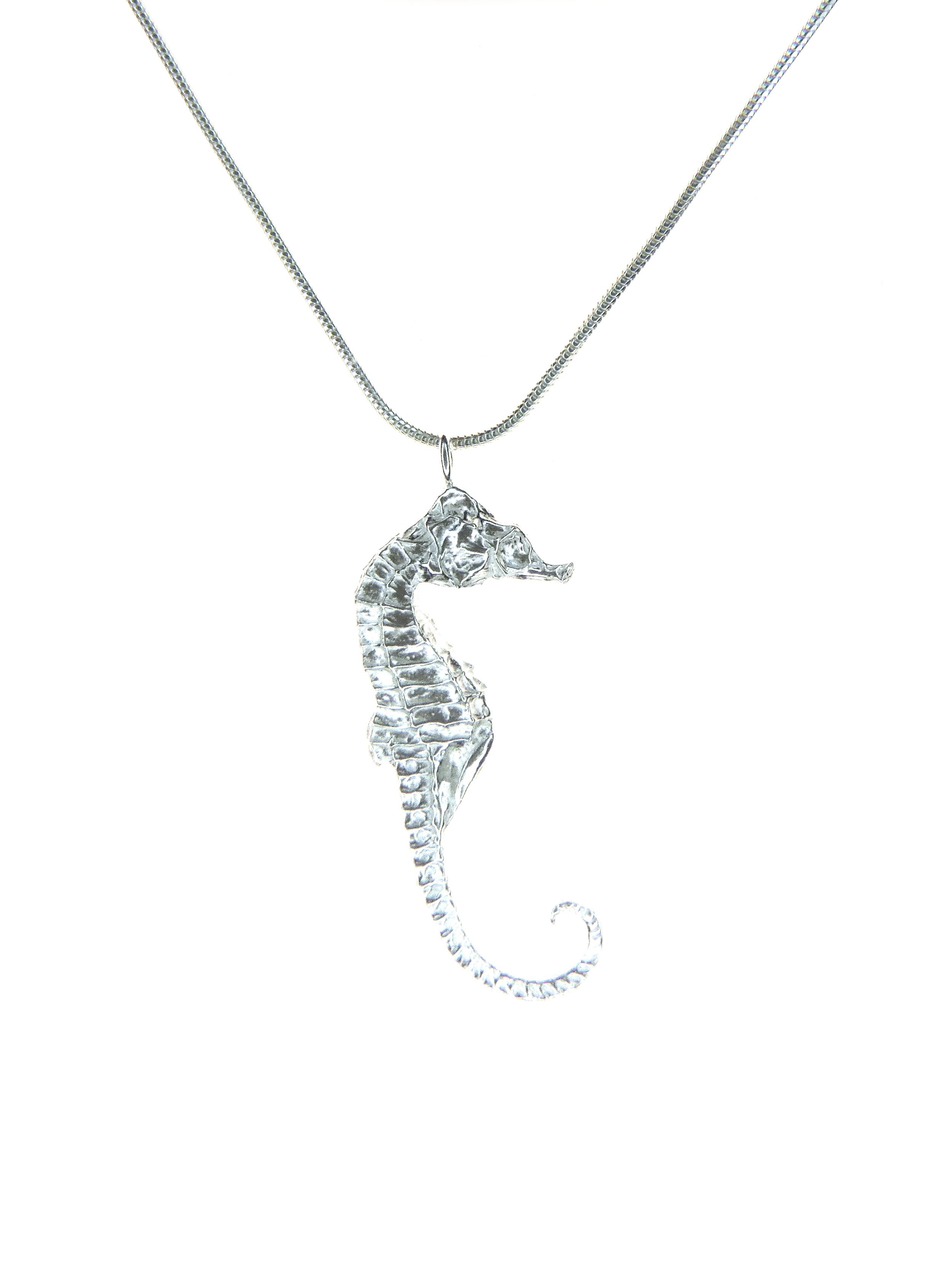 pendant medium seahorse