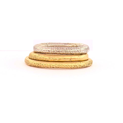 Slim sand cast ring in recycled 9ct gold