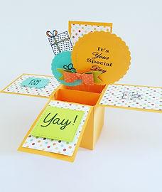 כרטיס פופ אפ בקופסה