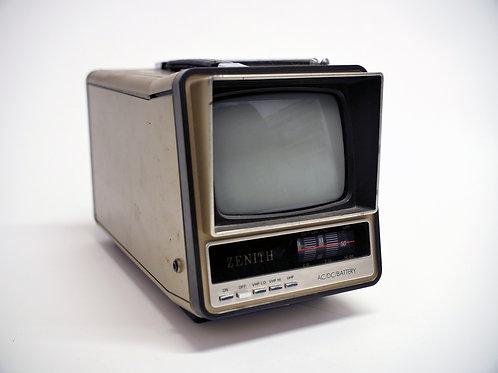 Zenith BT-051B2 Portable TV