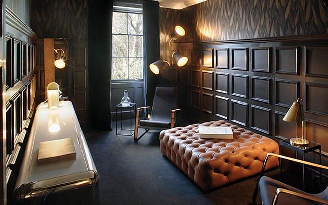 Boiserie o toque de elegância do seculo XVIII que acompanha as tendencias mais atuais.