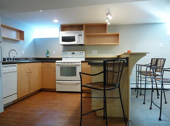 37b_Kitchen.jpg
