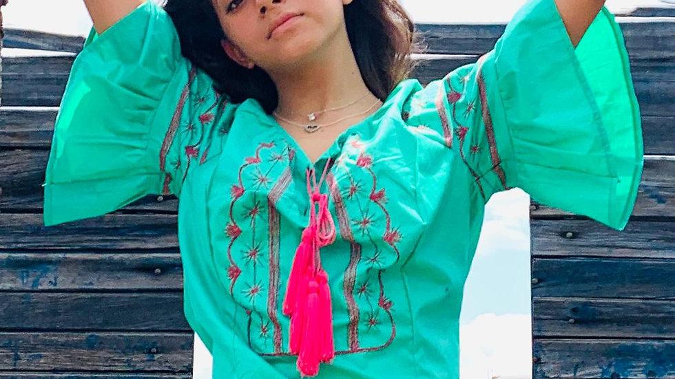 Blusa verde con bordado Tlahuiltoltepec
