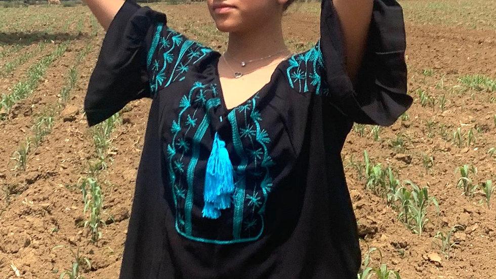Blusa negra con bordado Tahiltoltepec