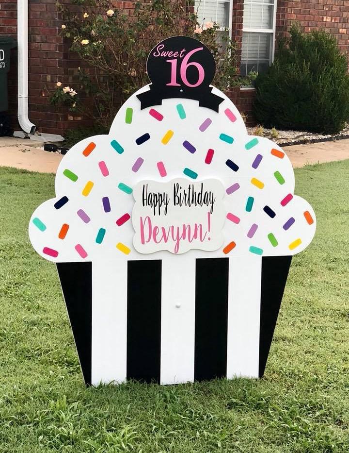 Black Tie Cupcake