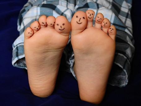 """Atelier parent-enfant 4 à 6 ans """"Mes pieds magiques"""" - 9 juin 16h-17h"""