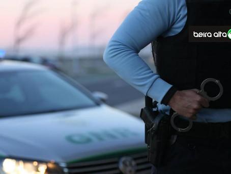 Violência doméstica: Pulseira eletrónica para homem detido em Fornos de Algodres